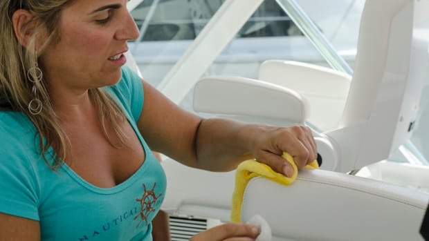 prm-Boat-Cleaning-Girl-2