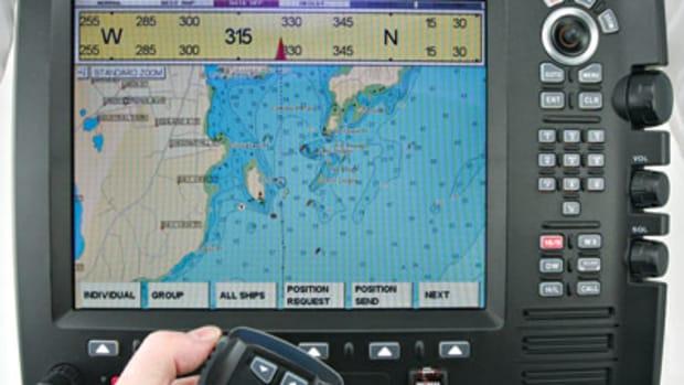 standard-horizon-cpv555-main.jpg promo image