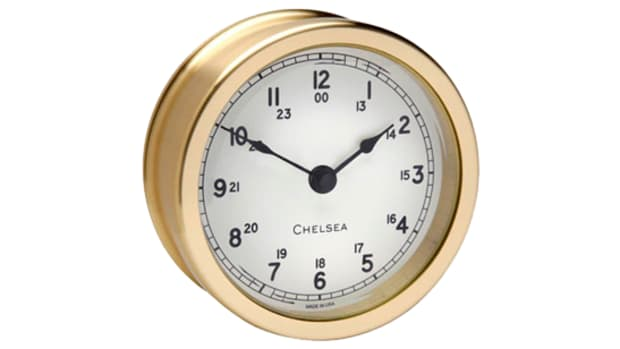 08-clock_white_550w.png promo image