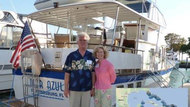 Bob_n_Elaine_Ebaugh_cruise_courtesy_MarAzulAdventures.jpg