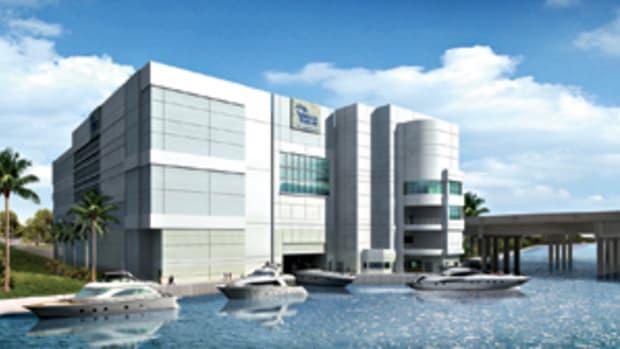 vertical-yacht-club-marina-mile-main.jpg promo image