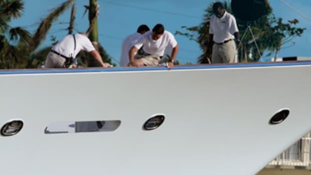 awlgrip-yacht-inset2.jpg promo image