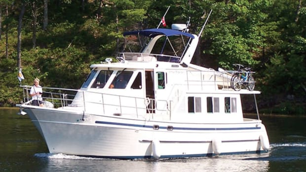 North Pacific 42 Pilothouse