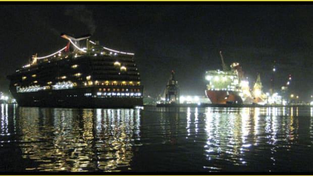 Port_of_Tampa_ships_575x305.jpg promo image