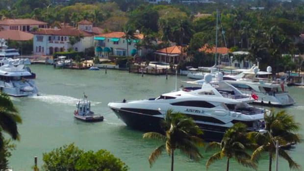 yacht-parade_575x305.jpg promo image