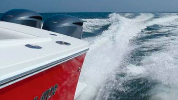 regulator-34_outboards_575x305.jpg promo image