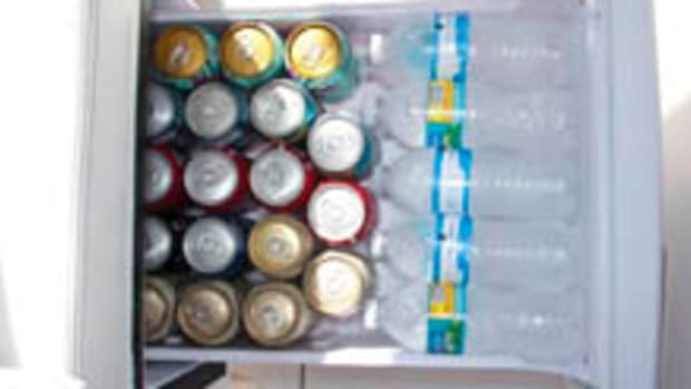 refrigeratorOpen_220w.jpg promo image