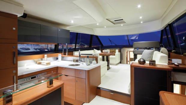 Prestige 550 Flybridge interior