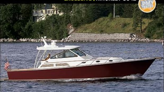 hinckley42-yacht-main.jpg promo image