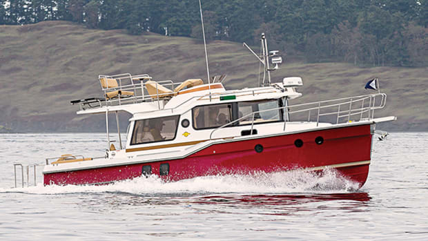 ranger-tugs-r-29-cb-prm650-1.jpg promo image