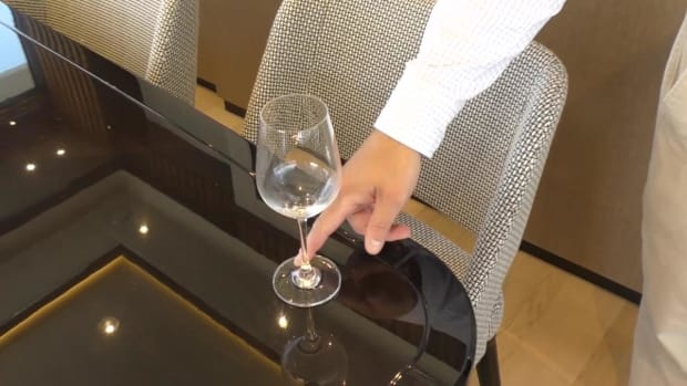 Magnetic Wine Glasses