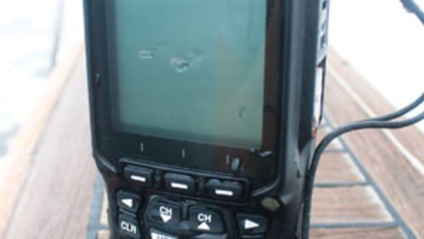 Standard Horizon HX870 Handheld GPS VHF