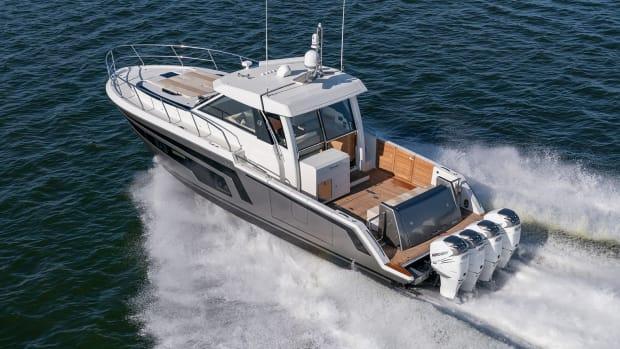 prm1-Ocean Alexander 45 Divergence Coupe