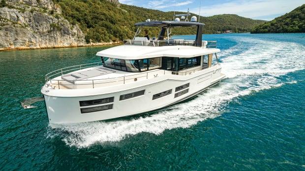prm-Beneteau Grand Trawler 62