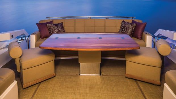 prm_Tiara Yachts 50Coupe