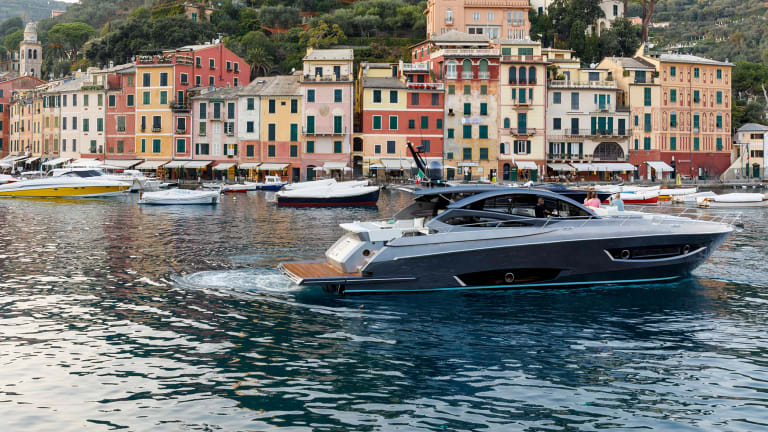First Look: Rio 60 GTS