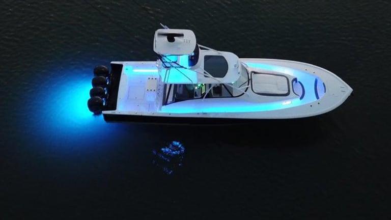New Boat: Bonadeo 45 Walkaround Express