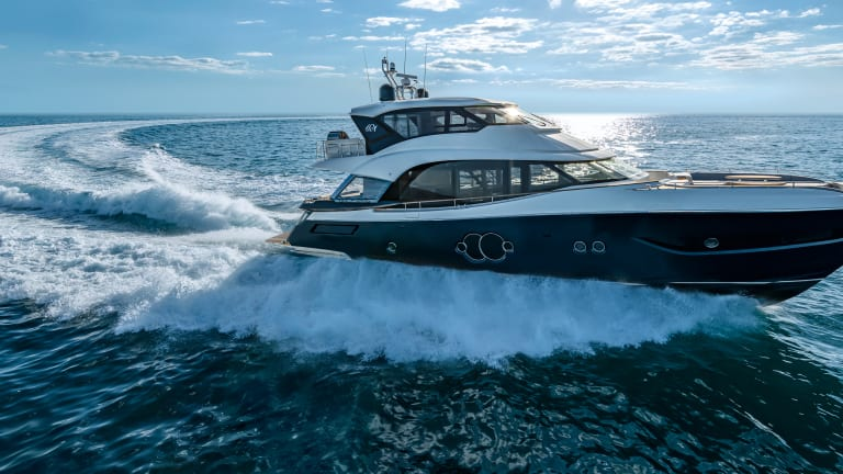 New Boat: MCY 76 Skylounge