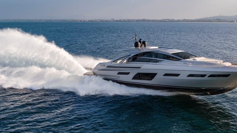 New Boat: Pershing 7X