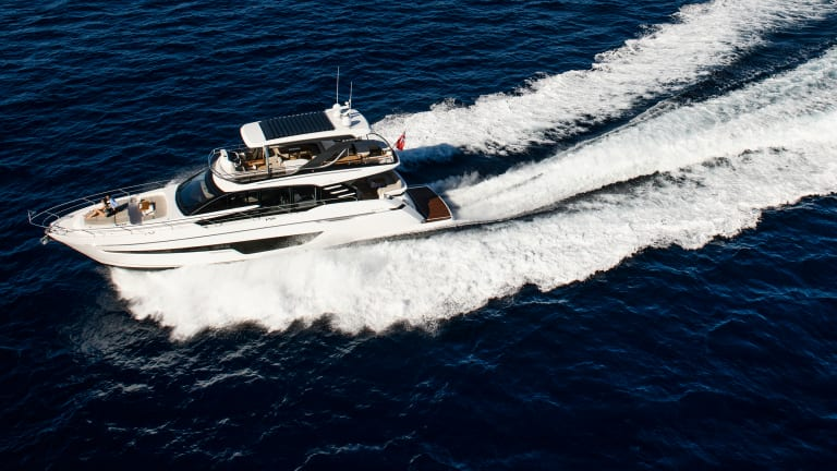 Tested: Fairline Squadron 68