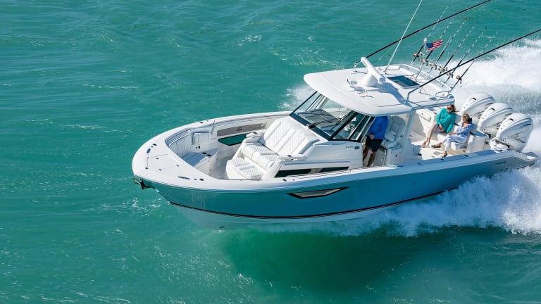 New Boat: Pursuit Sport 378