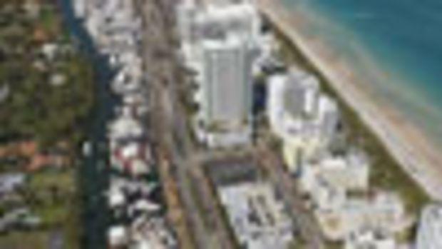 Miami Brokerage boat show