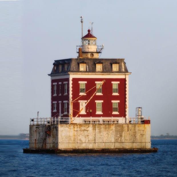 prm_New_London_Lighthouse