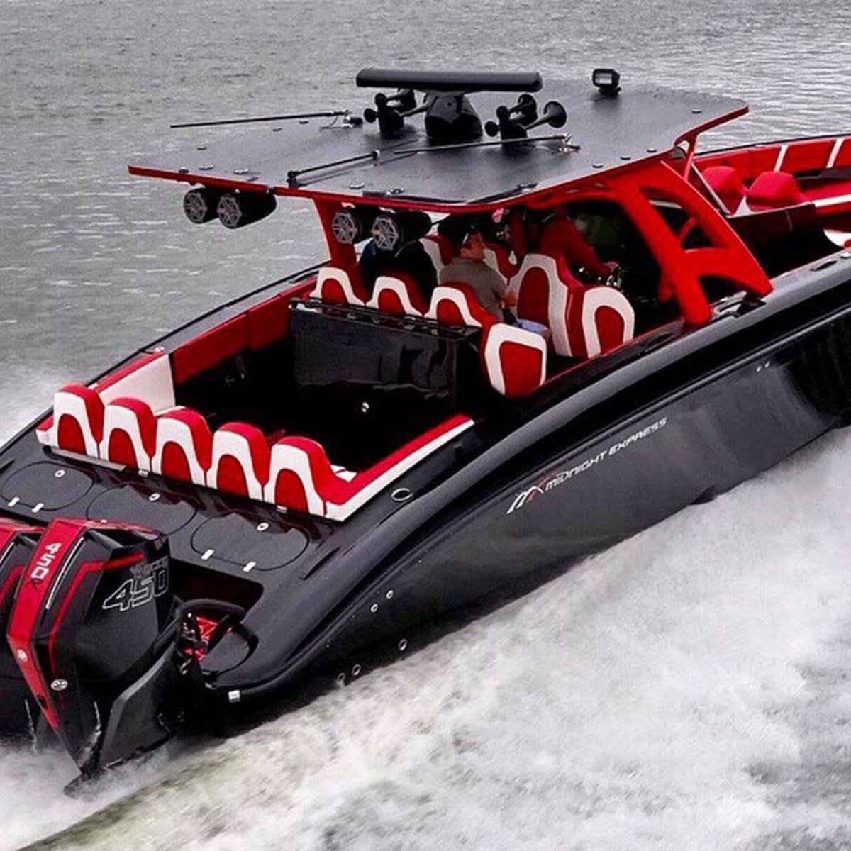 Review Mercury Racing Debuts 450 Hp Outboard Power Motoryacht