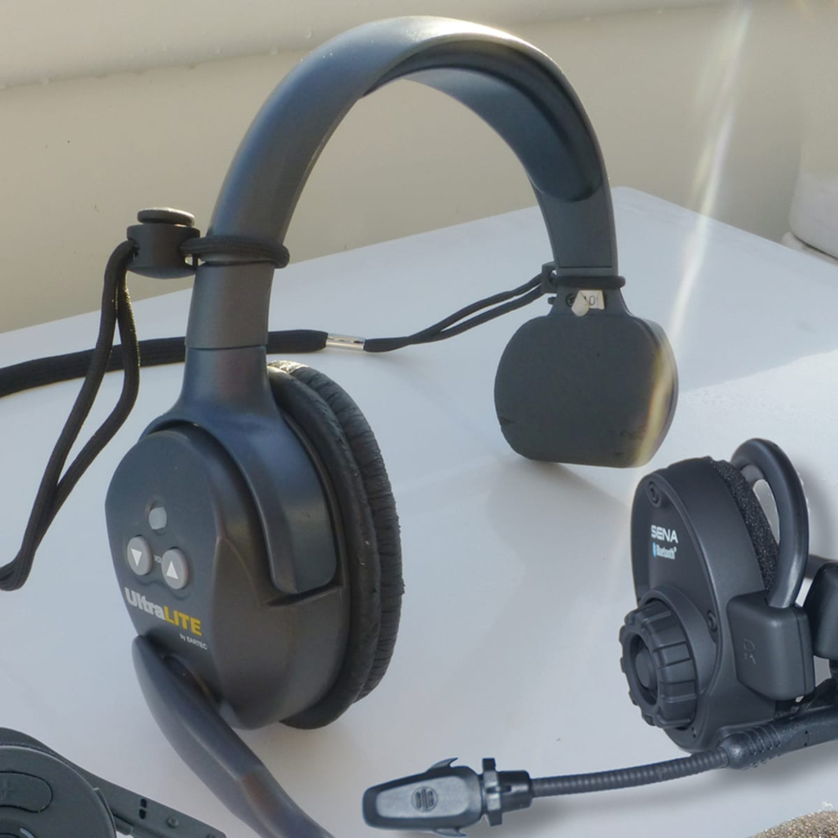 Tested Wireless Headsets For Boaters Power Motoryacht