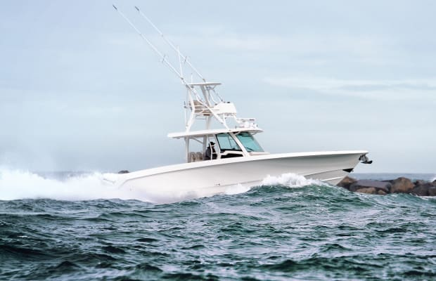 First Look: Boston Whaler 380 Outrage