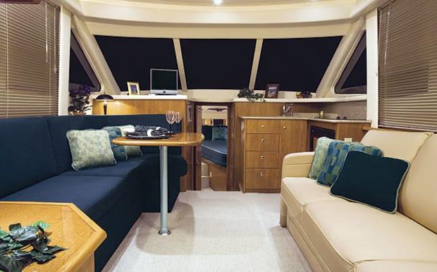silverton33-yacht-g1.jpg promo image