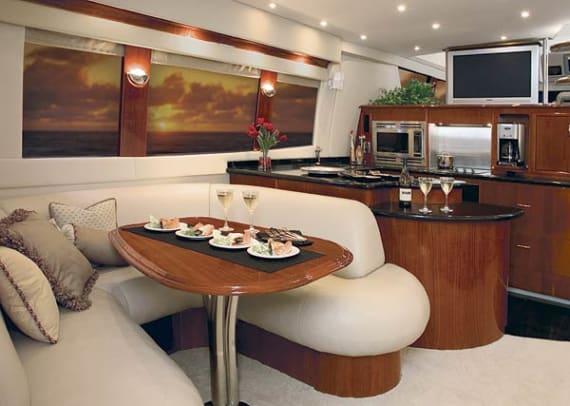 carver560-yacht-g1.jpg promo image