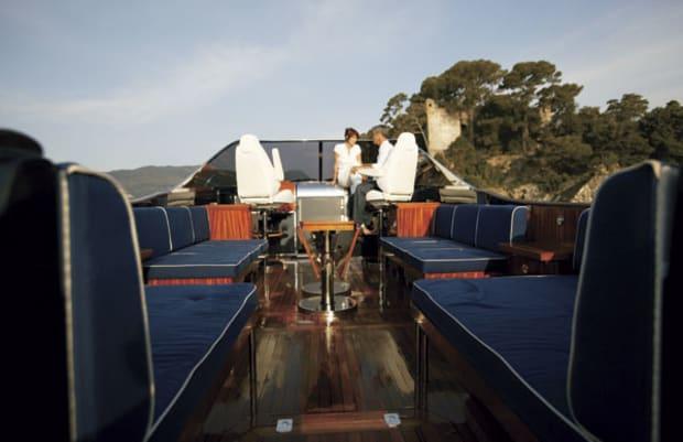 camper42-yacht-g1.jpg promo image