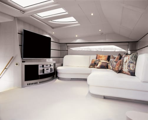 pershing115-yacht-g4.jpg promo image