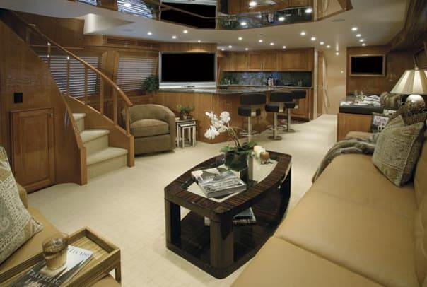 hatteras77-yacht-g1.jpg promo image