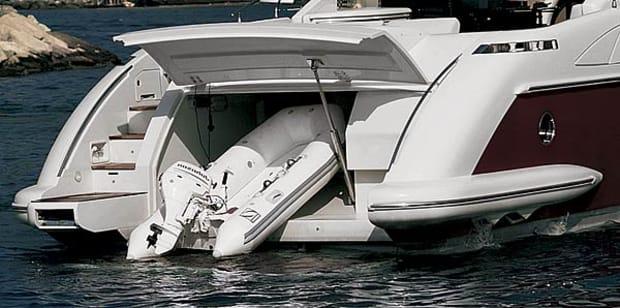 azimut68s-yacht-g6.jpg promo image
