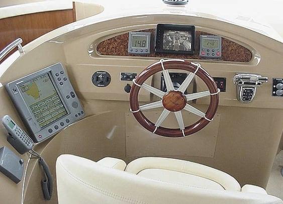 carver590-yacht-g1.jpg promo image