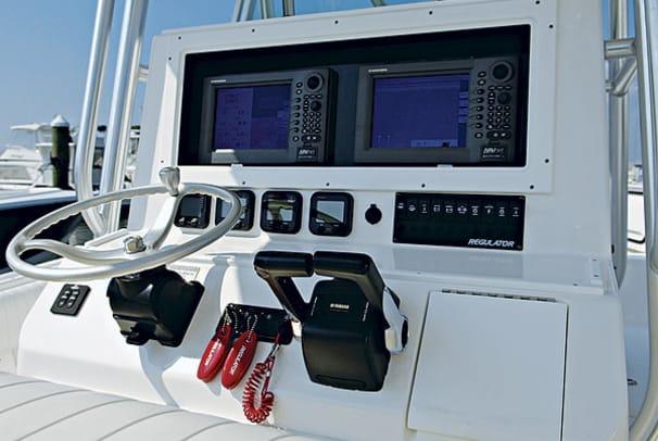 regulator29fs-yacht-g1.jpg promo image