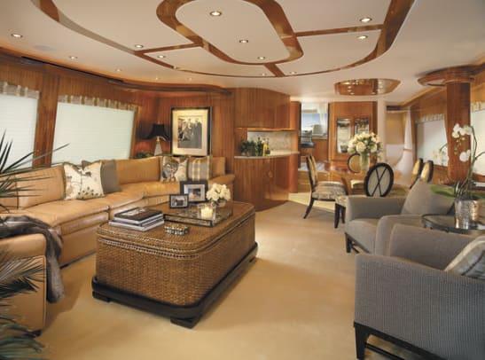 hatteras80-yacht-g1.jpg promo image