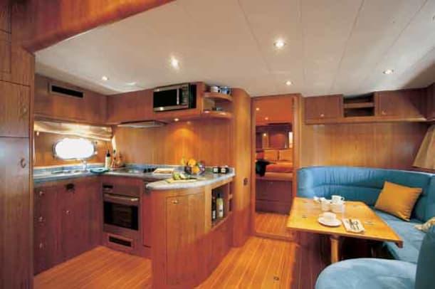 apreamare16m-yacht-g4.jpg promo image