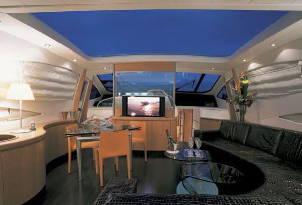 pershing76-yacht-g1.jpg promo image