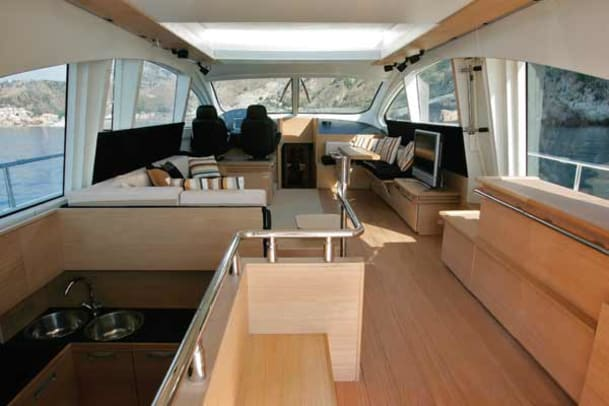 aicon72-yacht-g2.jpg promo image