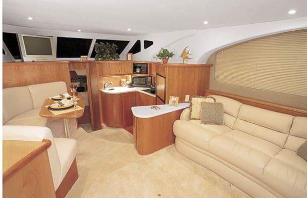 silverton35-yacht-g1.jpg promo image