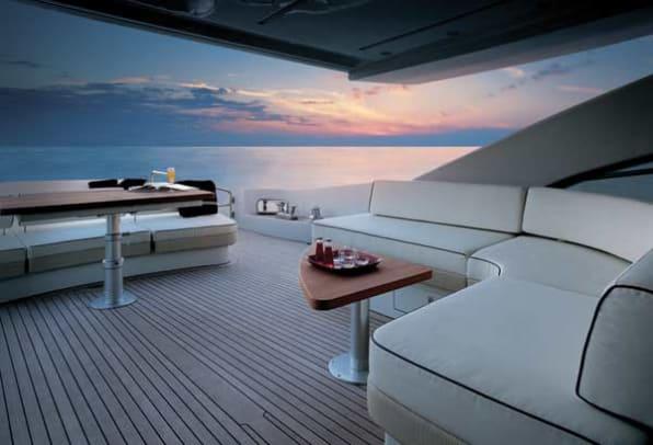 azimut86s-yacht-g1.jpg promo image