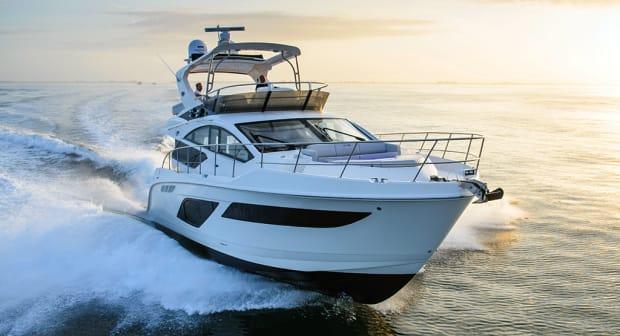 550-FLY-searay-main.jpg promo image