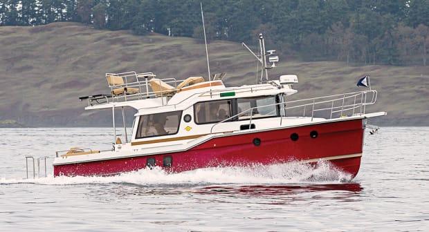 ranger-tugs-r-29-cb-main-car.jpg promo image