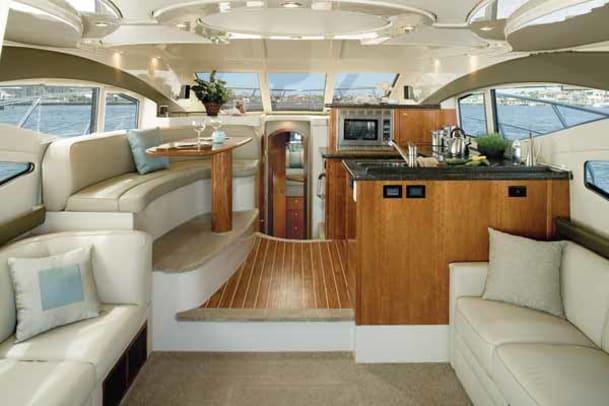 cruisers447-yacht-g8.jpg promo image