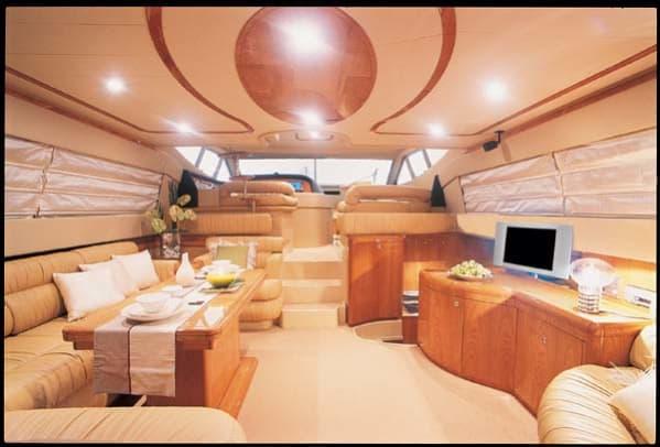 ferretti590-yacht-g6.jpg promo image
