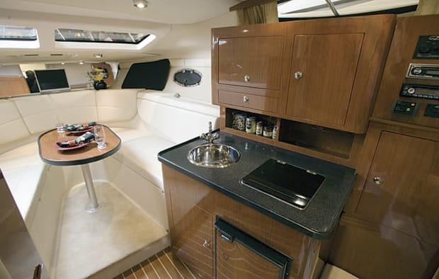 regal2860-yacht-g13.jpg promo image