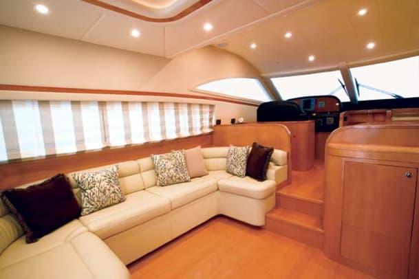 uniesse53-yacht-g2.jpg promo image